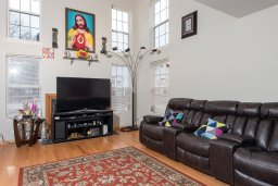 Virtual Staging & Furniture Removal